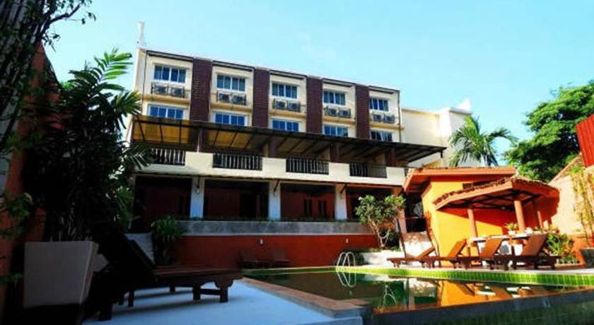 hotel au nang